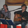 POP ROCK EN MENORCA. D�O DE VOCES Y GUITARRAS INTERPRETAN LOS CL�SICOS DE LOS A�OS 70.